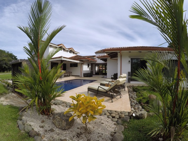 pura vida house tropical terrace