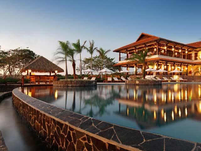 Luxurious beach club