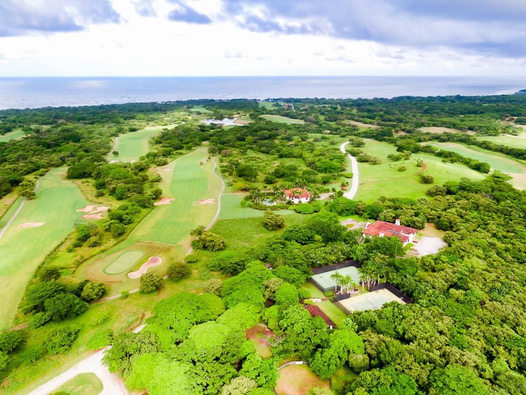 golf course in hacienda pinilla golf course