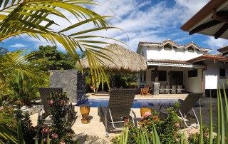 Costa Rica Real Estate with pool Rentals