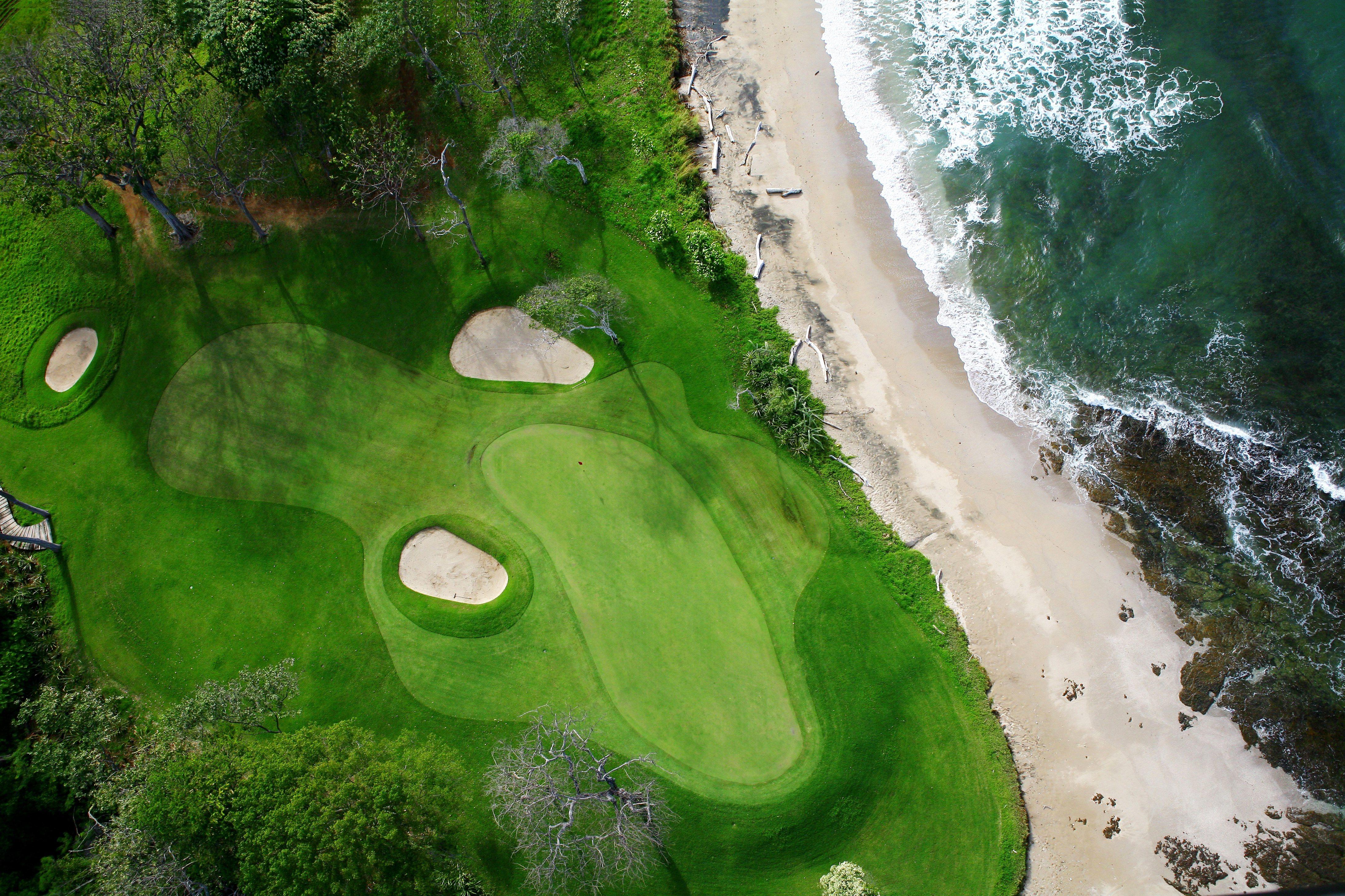 world-class golf courses in tamarindo
