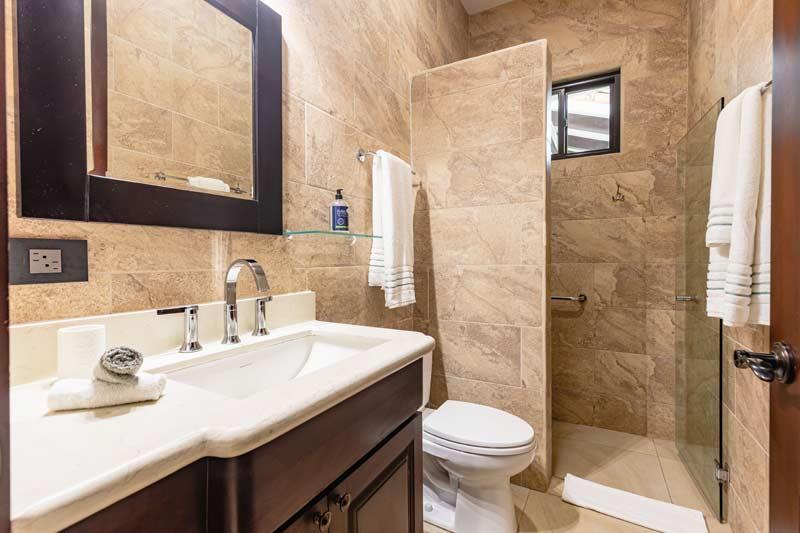 bathroom at pura vida house