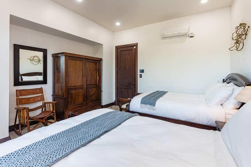 pura vida house two queen bed